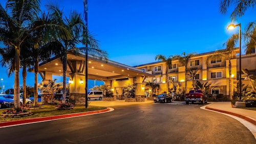 . Best Western Plus Marina Gateway Hotel