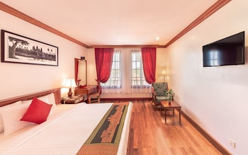 Deluxe Double Room - Free Pick Up
