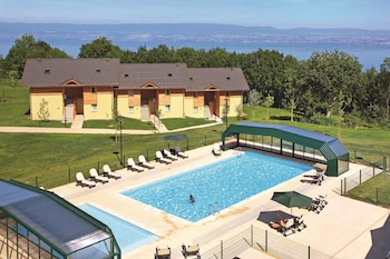Park And Suites Evian Lugrin