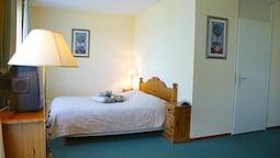 Comfort Double Room, Bathtub