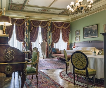 Imperial Suite with Spa Access