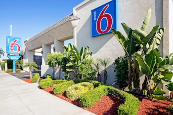 Hotel - Motel 6 Newport Beach