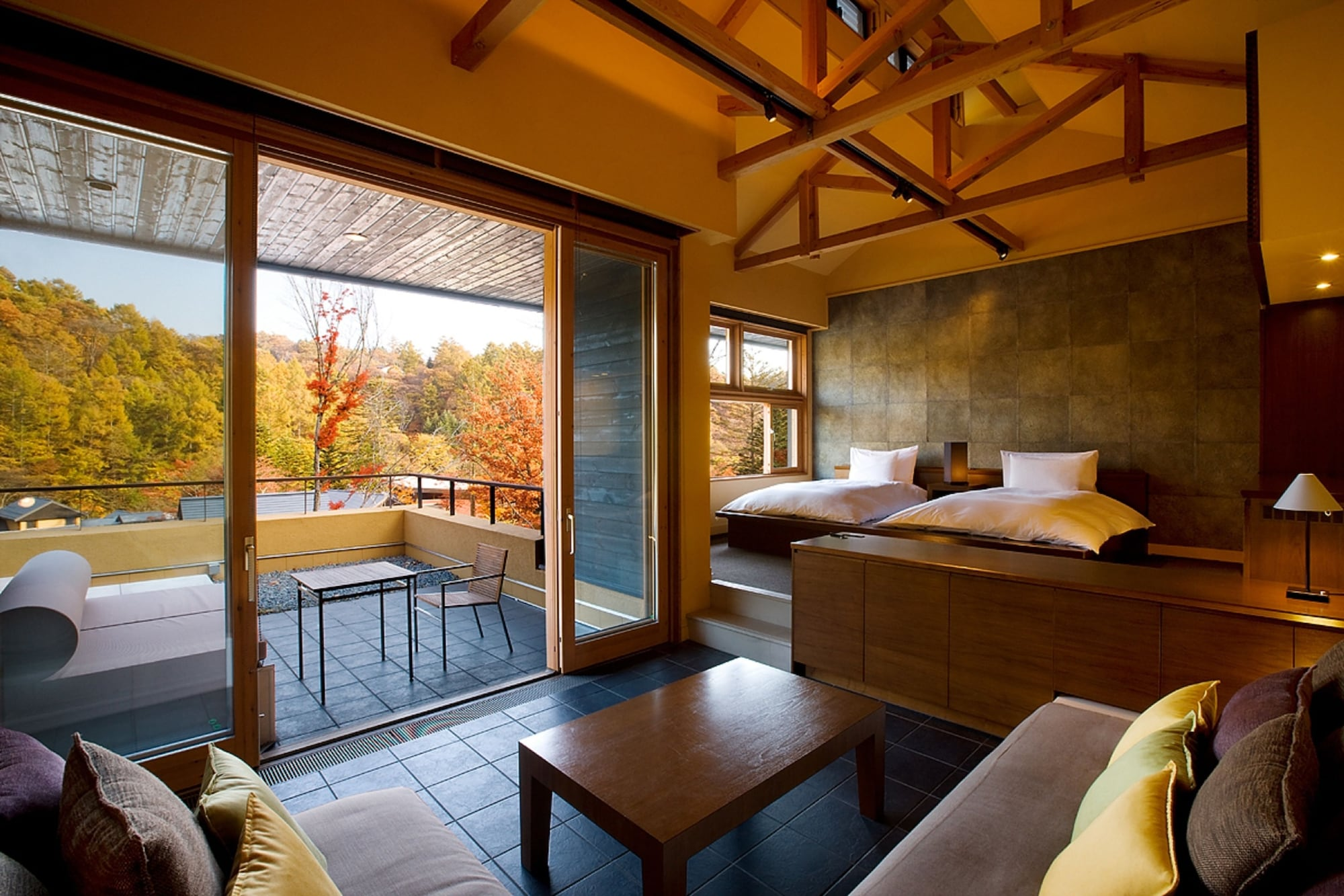 Suite mountain side