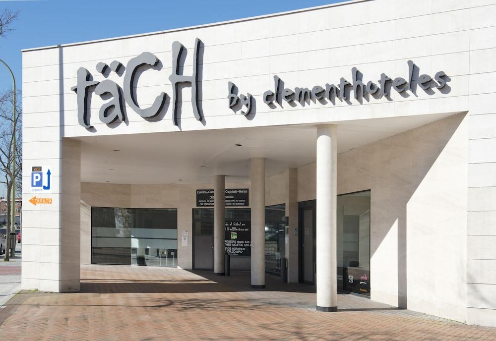 호텔 타츠 마드리드 에어포트(Hotel Tach Madrid Airport) Hotel Image 31 - Hotel Front