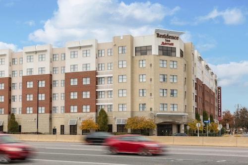 . Residence Inn by Marriott Springfield Old Keene Mill
