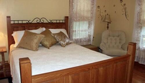 Lindsay House Bed and Breakfast, Waupaca
