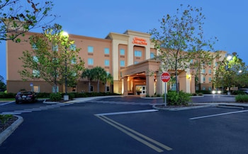 里奇港歡朋套房飯店 Hampton Inn & Suites Port Richey