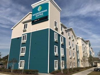 Exterior at WoodSpring Suites Orlando East in Orlando