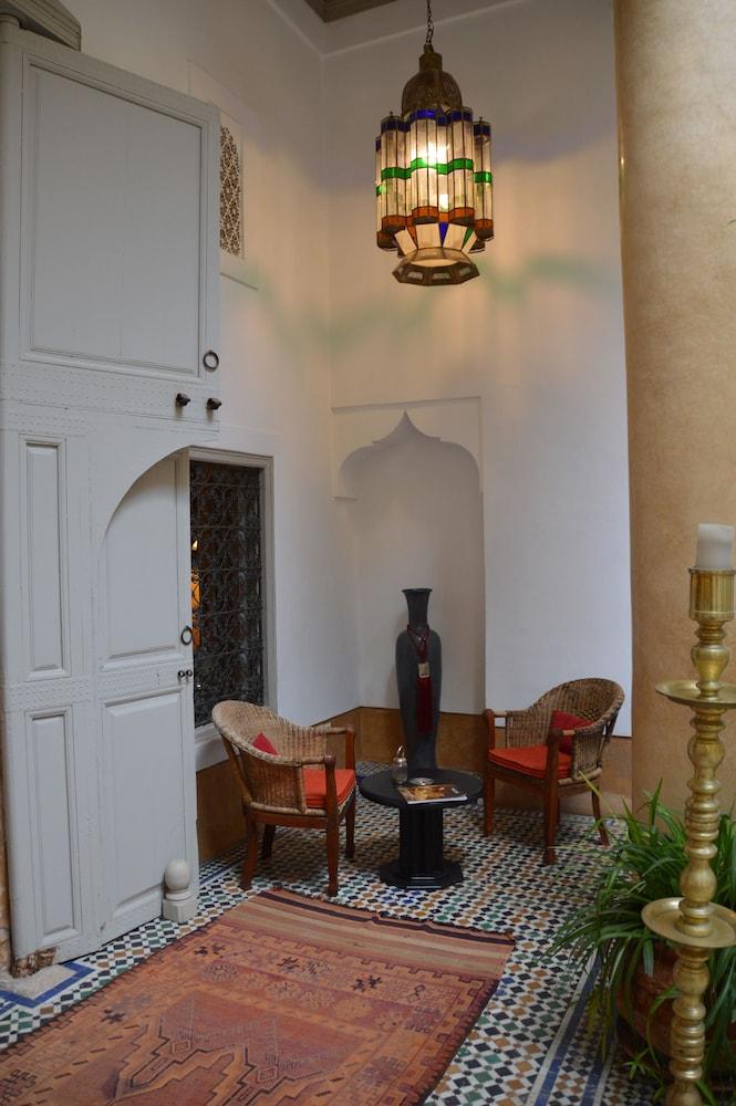 다르 라야 에프딜라(Dar Lalla F'Dila) Hotel Image 3 - Lobby Lounge