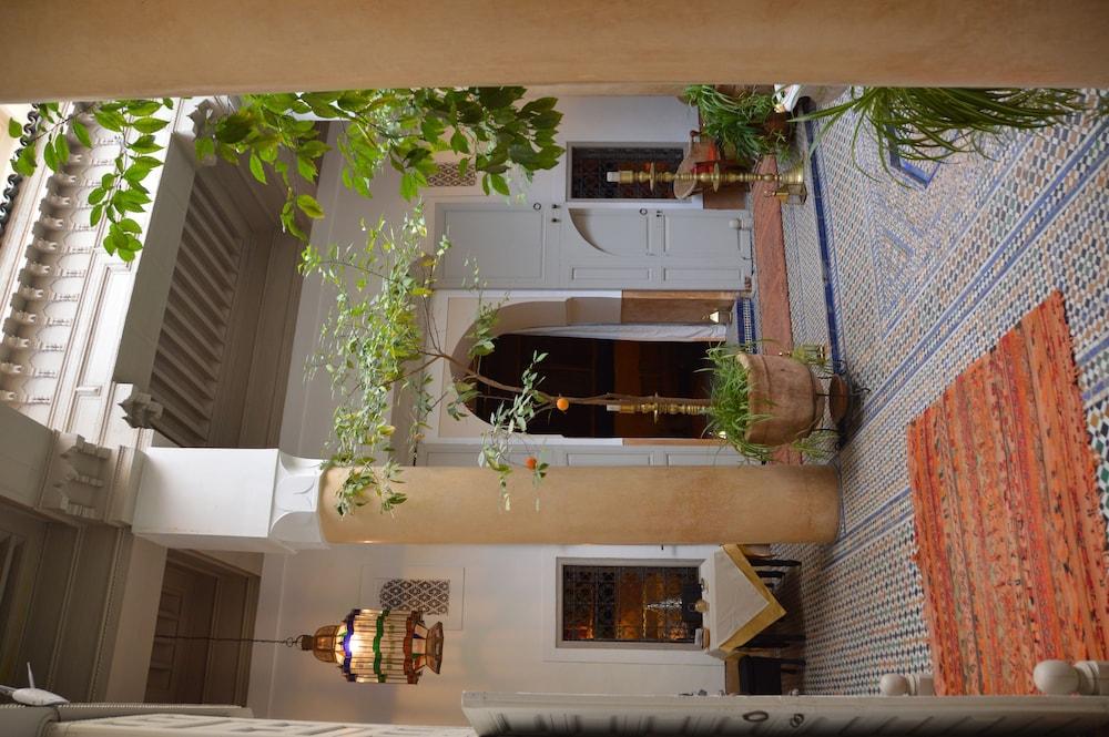 다르 라야 에프딜라(Dar Lalla F'Dila) Hotel Image 23 - Lobby Lounge