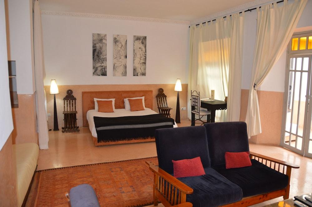 다르 라야 에프딜라(Dar Lalla F'Dila) Hotel Image 6 - Guestroom