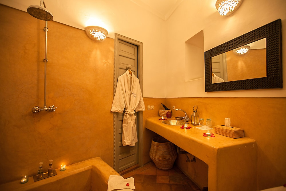 다르 라야 에프딜라(Dar Lalla F'Dila) Hotel Image 22 - Bathroom