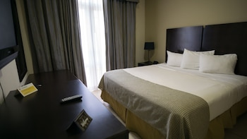 Suite, Multiple Beds (Plaza)