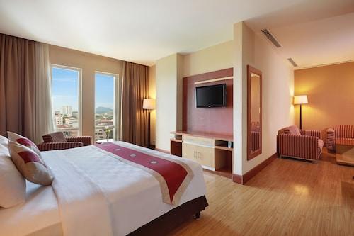 . Swiss-Belhotel Maleosan Manado