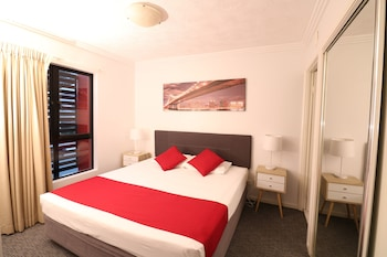 Guestroom at Kangaroo Point Central in Kangaroo Point