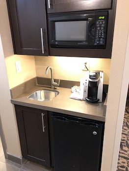 In-Room Kitchenette at Holiday Inn Express & Suites North Dallas at Preston in Dallas