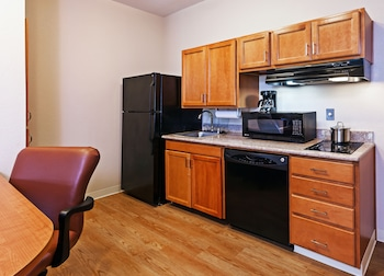 Room, 1 Bedroom, Accessible, Non Smoking (Hearing, Roll-In Shower)