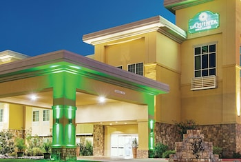 Hotel - La Quinta Inn & Suites by Wyndham Ft. Worth - Forest Hill TX