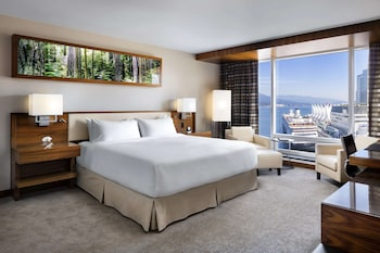 Deluxe Partial Harbour View Room, 1 King Bed