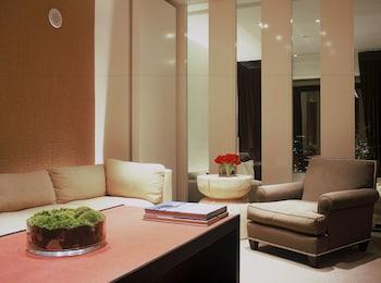 One Bedroom Premium Loft