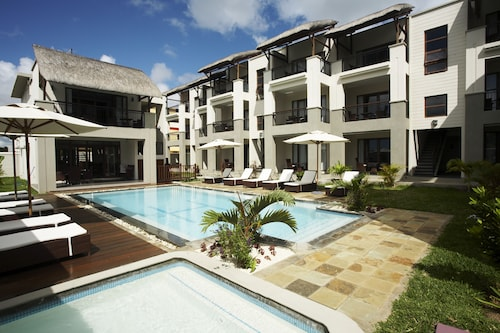 Grand Bay Suites,