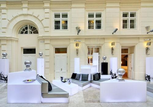 __{offers.Best_flights}__ Barceló Brno Palace