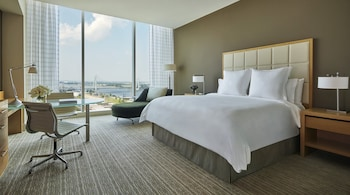 Room, 1 King Bed, Accessible, City View