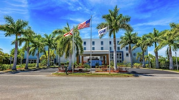 薩拉索塔布雷登頓機場歡朋套房飯店 Hampton Inn Suites Sarasota/Bradenton Airport