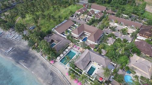 . Puri Mas Boutique Resort & Spa
