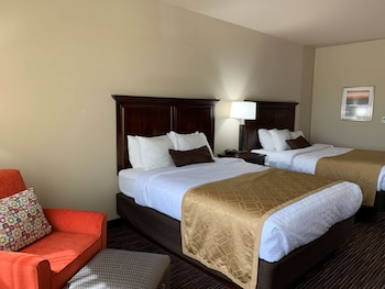 Family Suite, 2 Queen Beds, Non Smoking, Refrigerator & Microwave