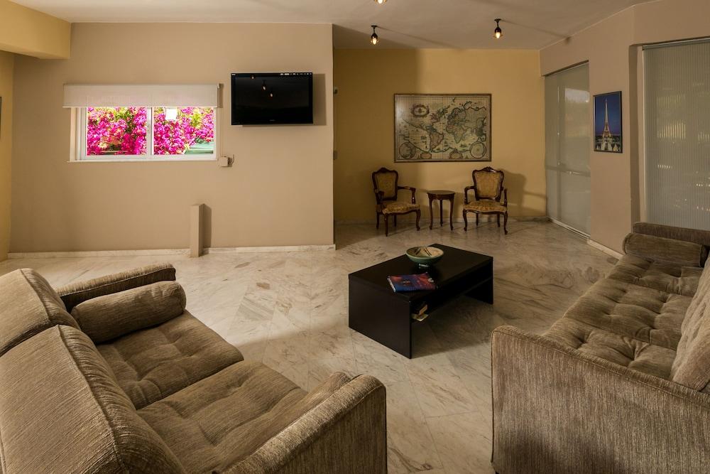 엘로샤 호텔(Elotia Hotel) Hotel Image 10 - Living Area