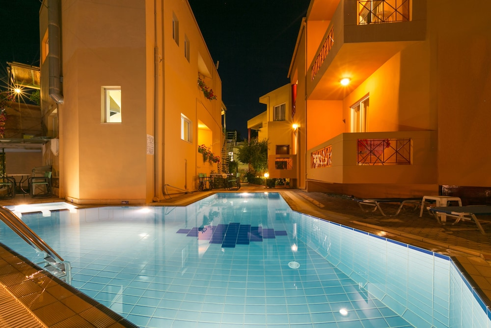 엘로샤 호텔(Elotia Hotel) Hotel Image 0 - Featured Image