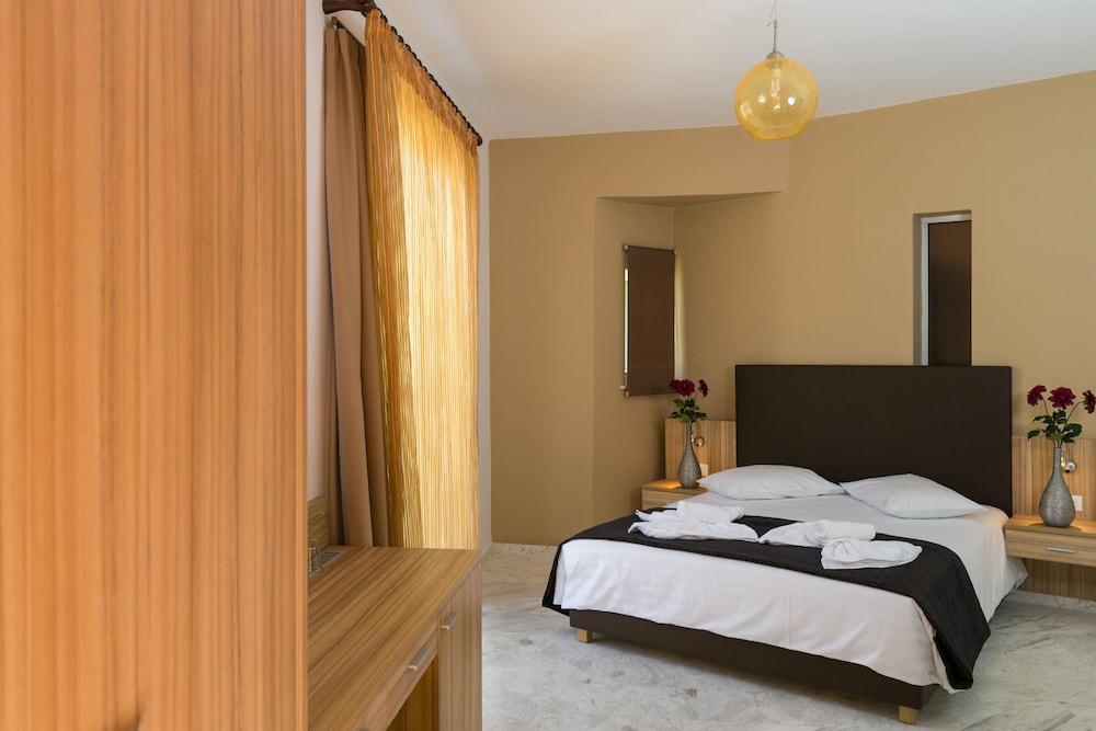 엘로샤 호텔(Elotia Hotel) Hotel Image 6 - Guestroom