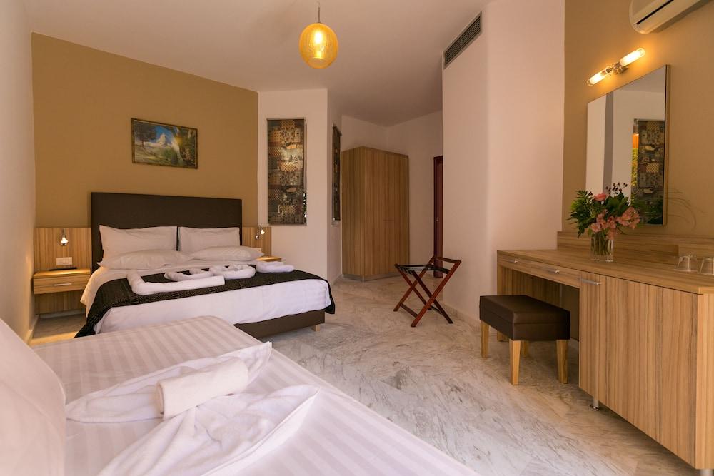 엘로샤 호텔(Elotia Hotel) Hotel Image 3 - Guestroom