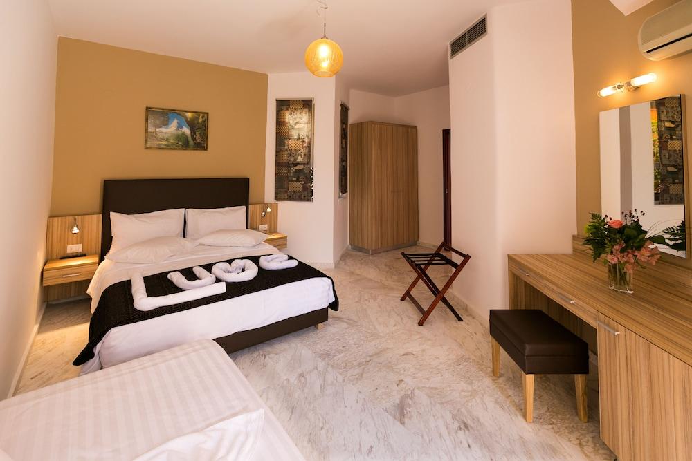 엘로샤 호텔(Elotia Hotel) Hotel Image 9 - Guestroom