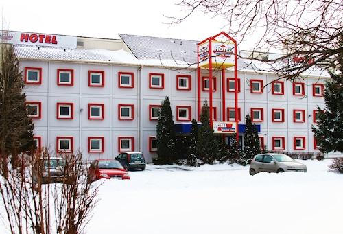 . Drive Inn Hotel