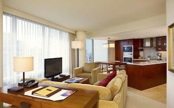 Deluxe Suite, 1 Bedroom, City View