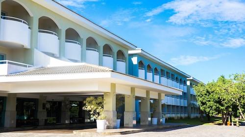 . Bahia Plaza Hotel