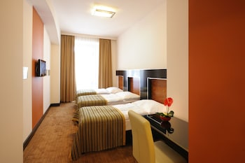 Triple Room (Double room with Extra bed)