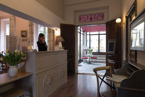 . The Originals Boutique, Hôtel du Parc, Cavaillon (Inter-Hotel)