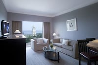 Family Suite 1 King Bed & 1 Single Extra Bed only (2 Adult +2 Children)