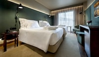 Classic Double or Twin Room, City View