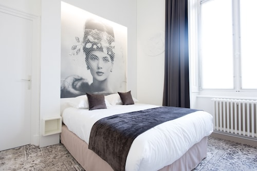 __{offers.Best_flights}__ Urban Style Hotel François 1er