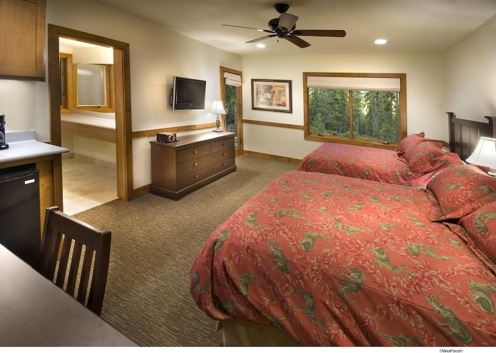https://i.travelapi.com/hotels/3000000/2880000/2871000/2870996/d35cd54b_z.jpg