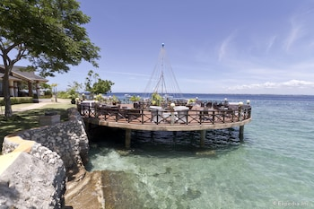 Jpark Island Resort & Waterpark Cebu Terrace/Patio