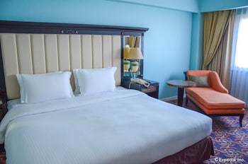 Jpark Island Resort & Waterpark Cebu Guestroom