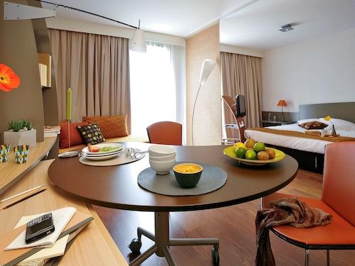 . Aparthotel Adagio Nantes Centre