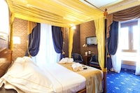 Deluxe Double or Twin Room, City View