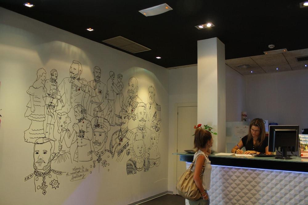 ホテル  マイヤーリング