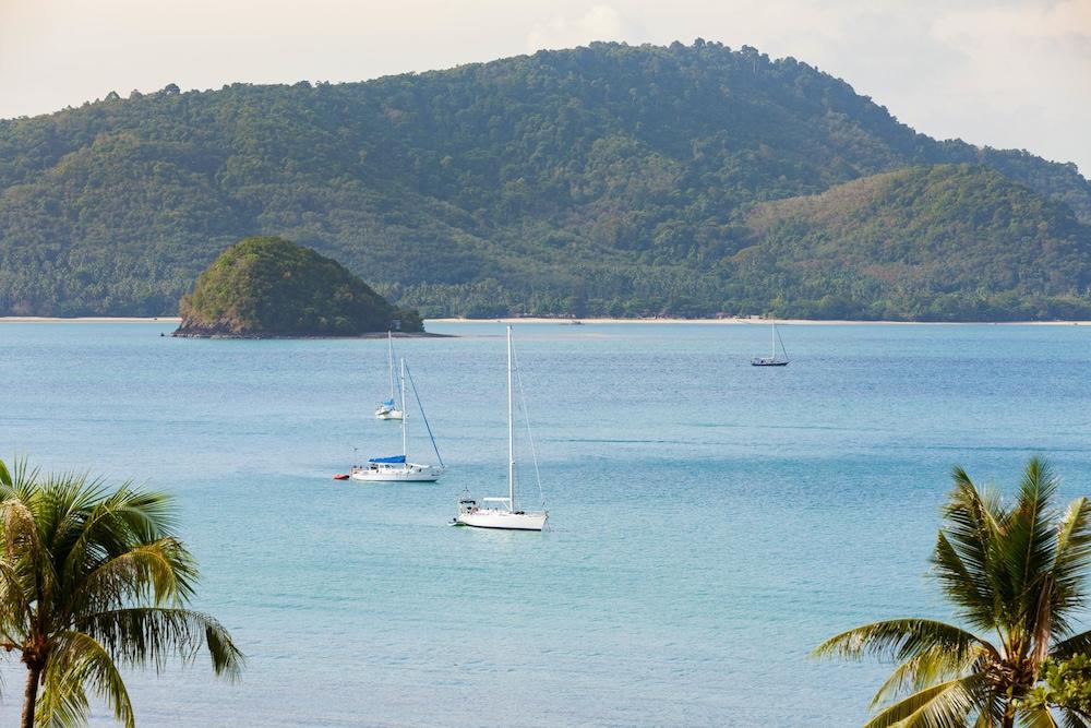 바이 더 씨(By the Sea) Hotel Image 43 - View from Hotel
